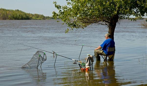 когда вступает запрет на рыбалку в астрахани
